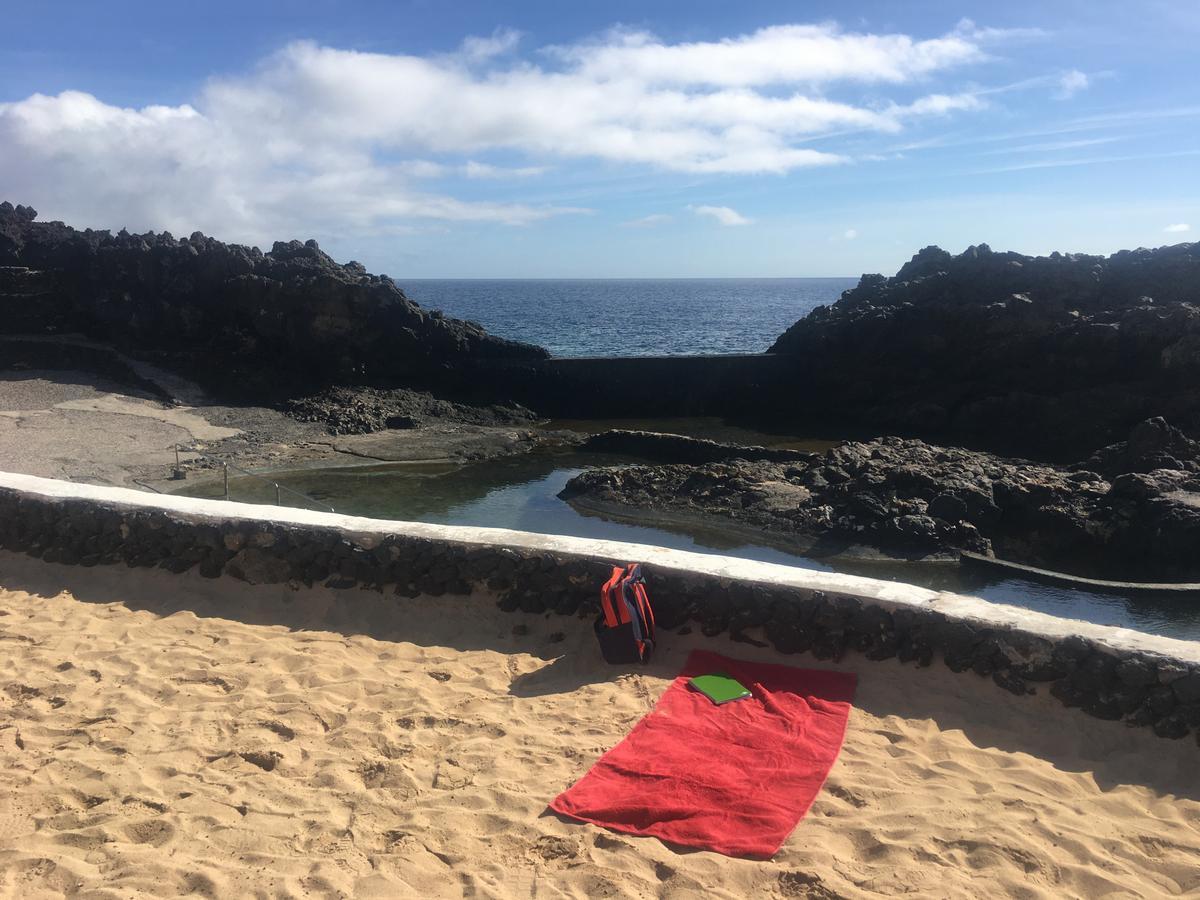 Picknick am Strand von Lanzarote