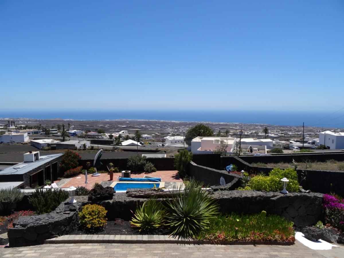 Aussicht von La Asomada nach Puerto del Carmen