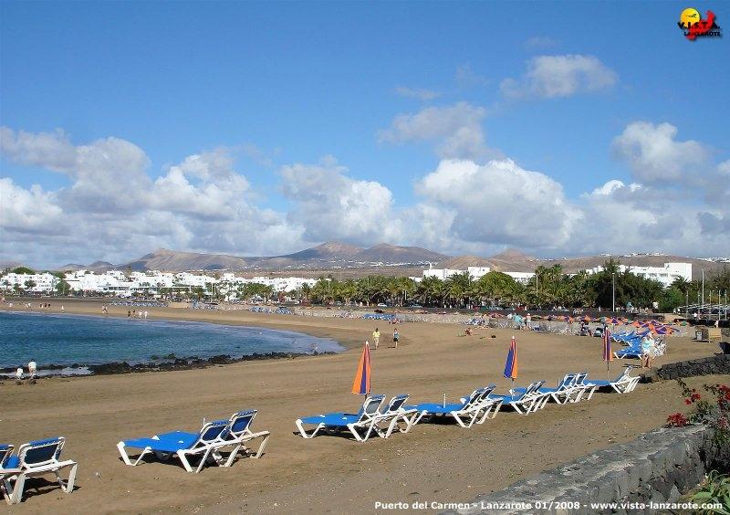 Playa de Los Pocillos in Puerto del Carmen