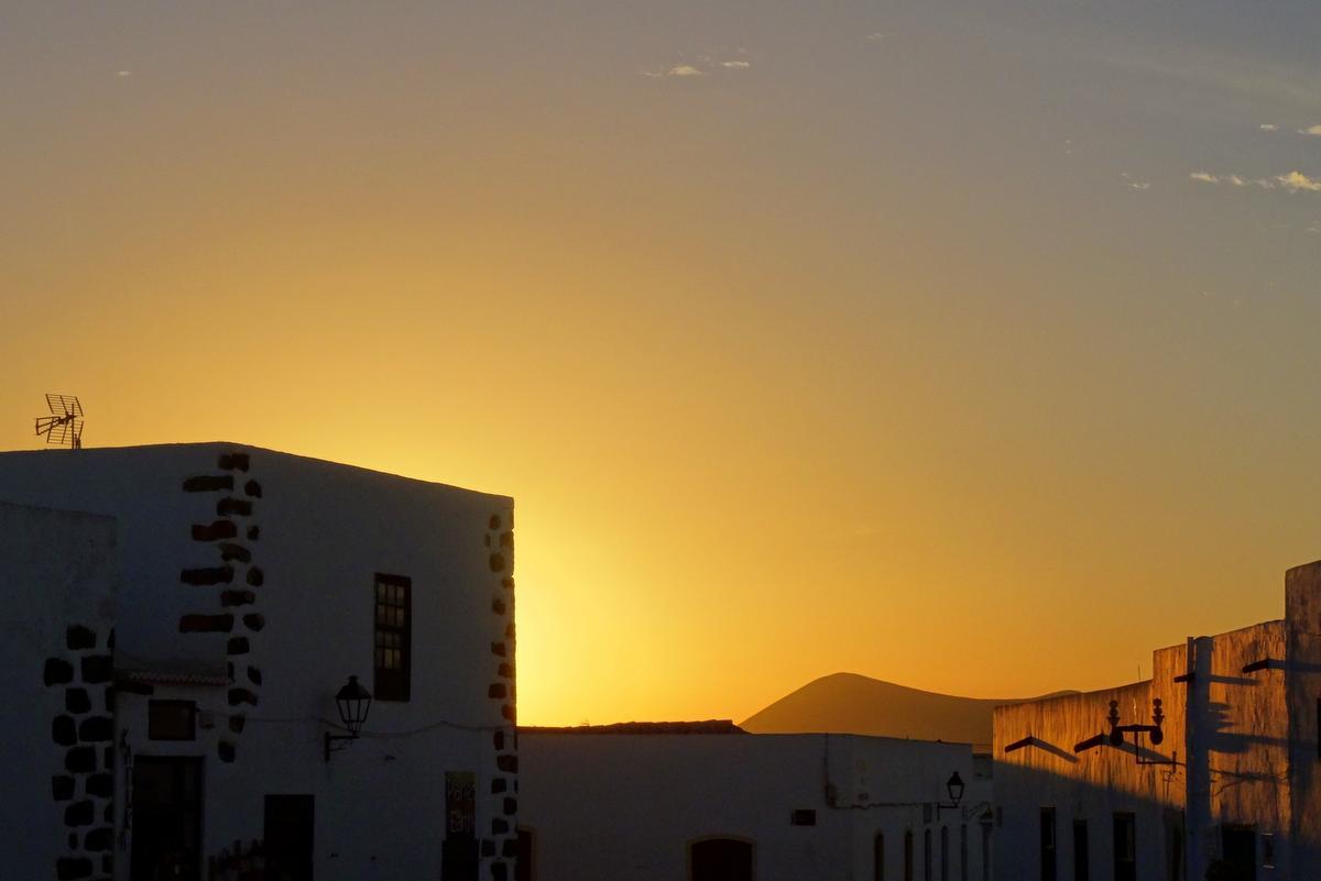 Wanderung Lanzarote Teguise Sonnenuntergang