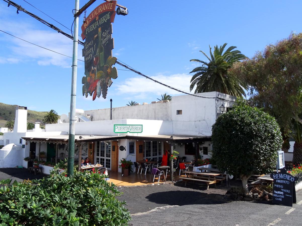 Restaurant La Puerta Verde in Haria