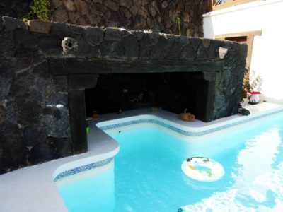 Poolbereich von Luxusvilla in La Asomada